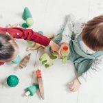 Kids playing with blocks